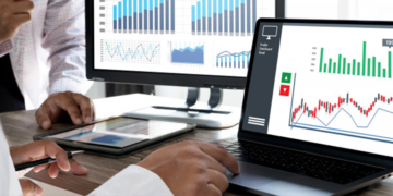 Using external dashboards with ServiceNow.